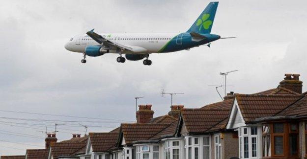 Aer Lingus para cortar hasta 500 puestos de trabajo debido a la pandemia
