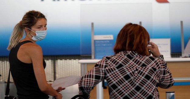 American Airlines prohibiciones hombre que se negó a usar la máscara de la cara