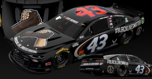 Bubba Wallace a la unidad #BlackLivesMatter coche en Martinsville carrera de NASCAR