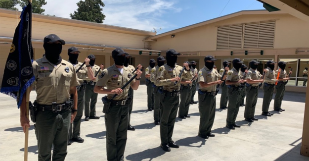 California del sheriff del programa suspendido después de 33 alumnos positivo en la prueba de coronavirus