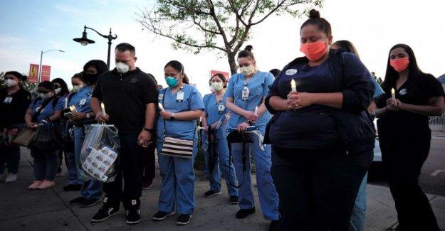 Cerca de 600 trabajadores de la salud han muerto de COVID-19