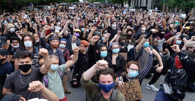 Como George Floyd continúan las protestas, Amazon, Google promesa millones para la justicia racial organizaciones