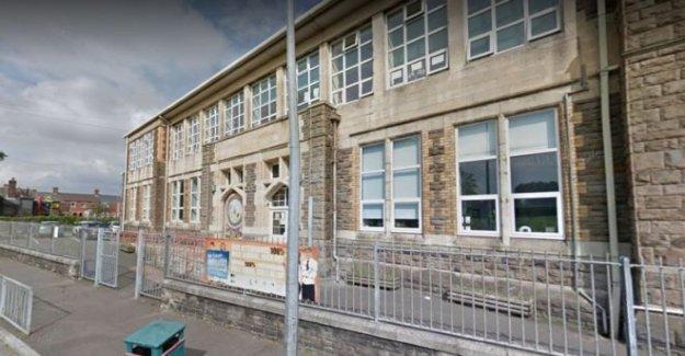 Cómo y cuándo se debe Galés escuelas volver a abrir?
