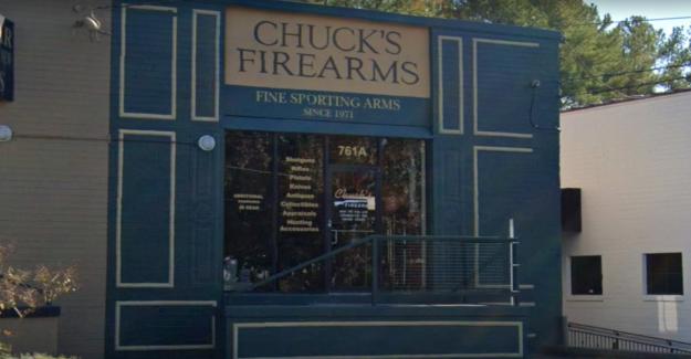 Decenas de armas de fuego robadas de Atlanta en la tienda durante el saqueo, el dueño dice que