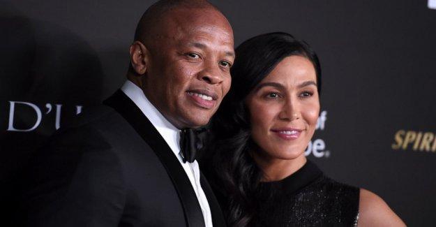 Dr. Dre la esposa de 24 años, Nicole Jóvenes, los archivos, para el divorcio