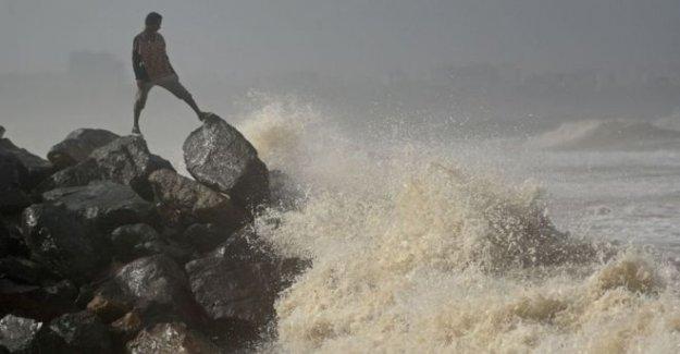 El ciclón llegará a Covid devastado Mumbai