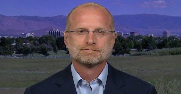 El comisionado de la FCC reclamaciones Big Tech ha 'armamento' de la ley federal para empujar 'agenda política partidaria'