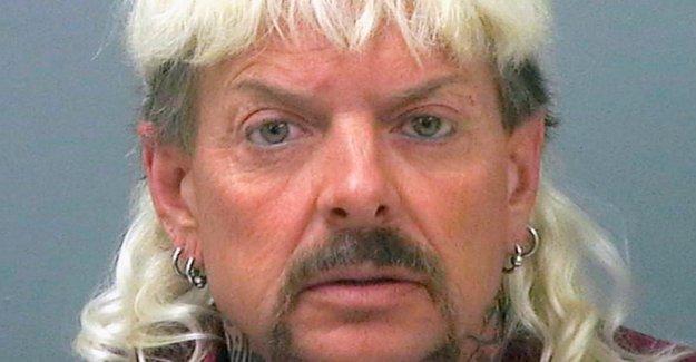 El juez le da el control de Joe Exóticos del zoológico de Carole Baskin