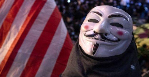 El regreso de el Anónimo de hackers colectiva
