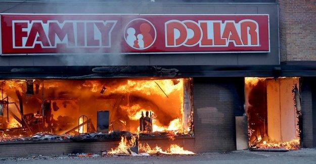 Era una zona de guerra': propietarios de Pequeñas empresas que lo perdieron todo en los disturbios hablar