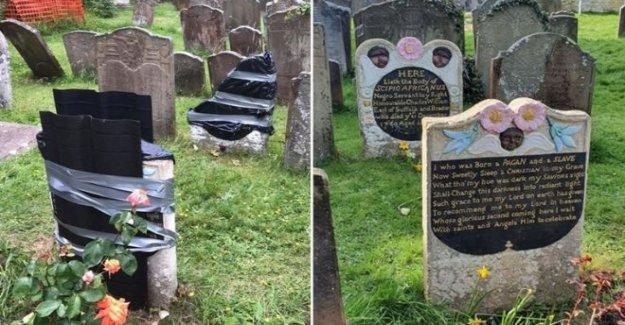 Esclavo Africano del hombre lápida vandalizado