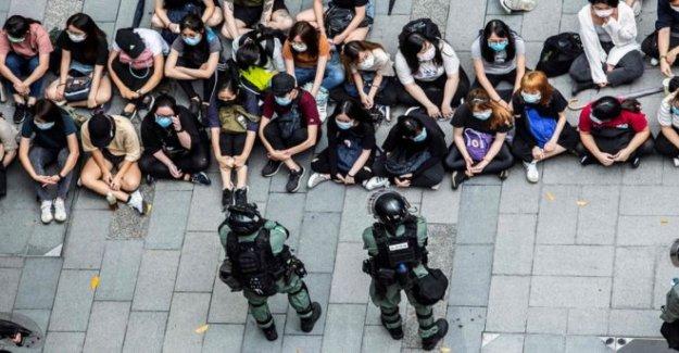 Ex-extranjeros secretarios de impulso de la alianza en Hong Kong