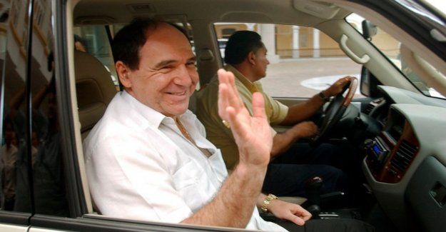 Ex-presidente de Ecuador detenidos en COVID-19 de la corrupción raid