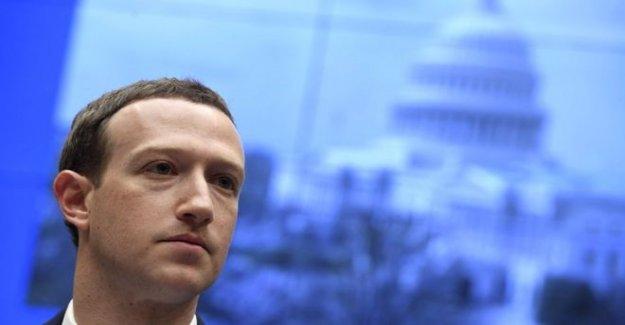 Facebook elimina el Triunfo de anuncios sobre Nazi odio símbolo'