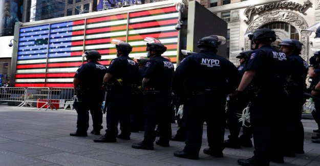 George Floyd disturbios: los tenientes de Policía' de la unión dice Cuomo 'abandonado y insultado NYPD en medio de los ataques