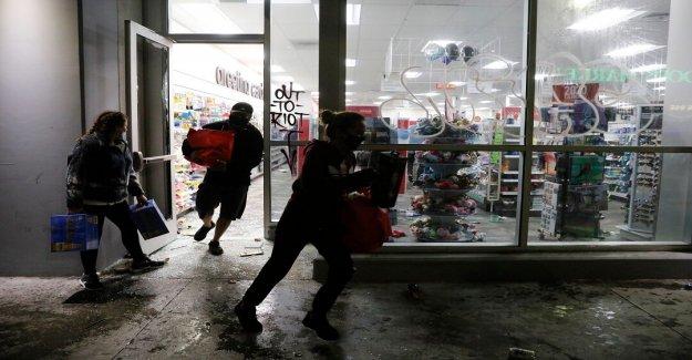 George Floyd malestar: las Ciudades se enfrentan a nuevos saqueos en medio de la más fuerte de la Guardia Nacional de respuesta, los toques de queda