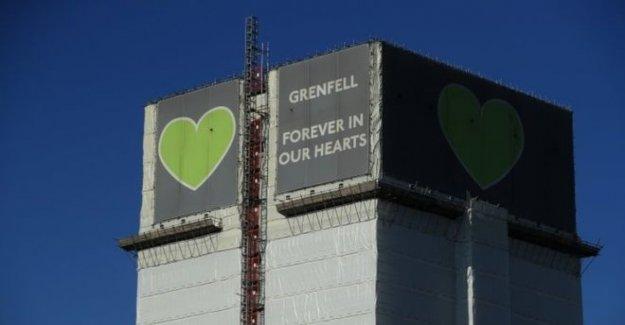 Grenfell los organizadores de la campaña llamada para el revestimiento de la fecha límite
