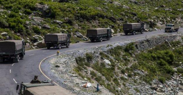 India, Modi votos para proteger las fronteras después de los enfrentamientos