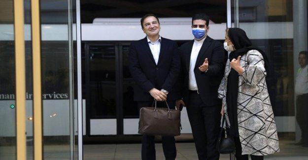 Irán médico liberados en el intercambio para el veterano de la Marina regresa a Teherán