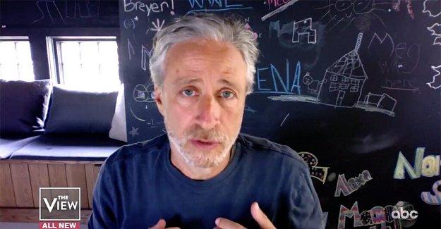 Jon Stewart llamadas Trump el mayor agente del caos en América durante la aparición en 'La Opinión'