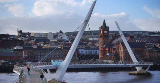 La Ciudad de Derry y Strabane consejo previsión £11m pérdida
