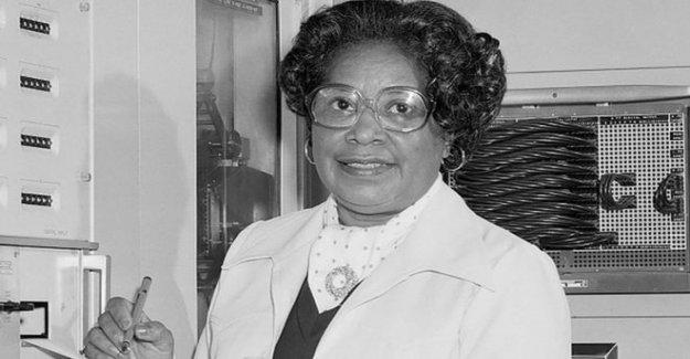 La Nasa a nombre de la SEDE después de la primera mujer de negro ingeniero