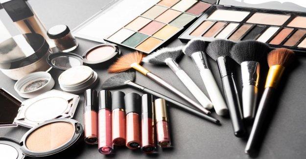 La belleza blogger se disculpa por blackface maquillaje para 'apoyar' Negro Vidas Asunto: informe