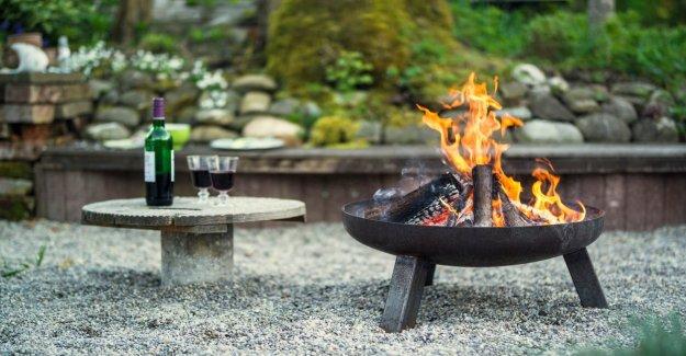 La configuración de un patio pozo de fuego: Cómo evitar una catástrofe