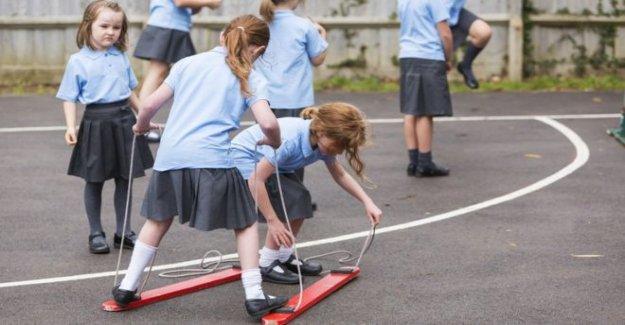 La escuela de la limpieza y conserjes 'no se sienten seguros'