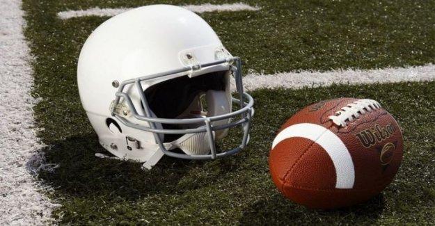 La escuela secundaria de Mississippi jugador de fútbol se colapsa durante la práctica, muere