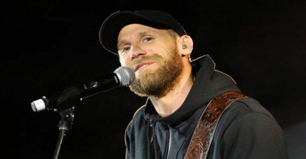 La estrella del Country responde a las críticas de lleno concierto