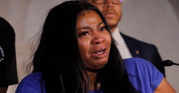 La madre de George Floyd hija habla: 'aquí estoy yo para mi bebé y yo estoy aquí para George'