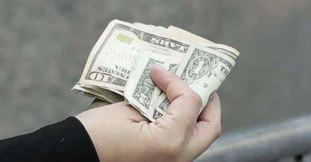 Los federales envían cerca de $1.4 mil millones en fondos de estímulo a los muertos, informe concluye