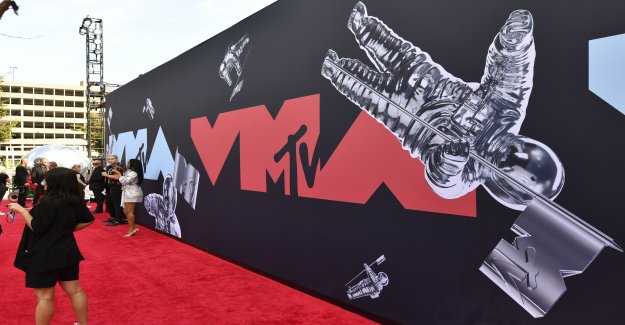 MTV video music awards que tendrá lugar en Brooklyn en agosto, con limitada o ninguna audiencia,' Gob. Cuomo dice