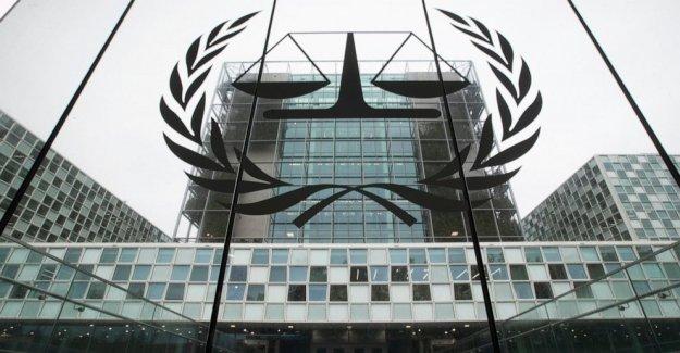 Más de la mitad de los crímenes de guerra del tribunal los miembros del tribunal