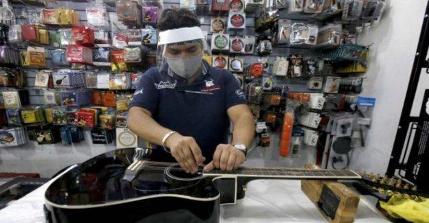 México el virus de muertes pasar de 10.000 como bloqueo aliviado