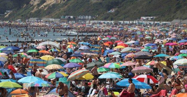 Miles acuden a inglés playas trigger incidente grave  la respuesta como coronavirus reglas de ignorados