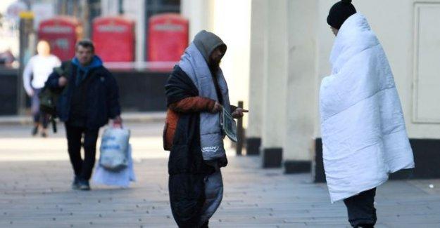 Miles de personas sin hogar 'de vuelta en las calles por julio'