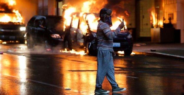 NOS protestas: Separar la realidad de la ficción en línea