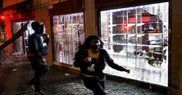 NYC comisionado de policía en la noche de violentos disturbios, saqueos: 'Se volvió oscuro y se volvió feo'