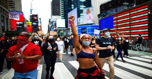 NYC llaves: Ciudad toma medidas para detener George Floyd disturbios como las multitudes a las calles