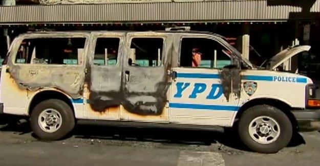 Obama era ex-oficial de intel asegura la libertad bajo fianza para el abogado de NYC sospecha de lanzar cóctel Molotov en George Floyd disturbios