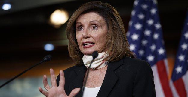 Pelosi se extiende a las delegaciones de voto en Casa en medio de preocupaciones coronavirus
