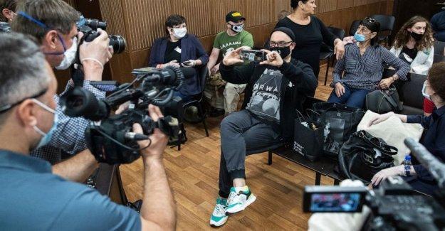 Ruso fiscales buscan la pena de prisión para el director de teatro