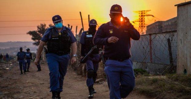 SA reglas de la corte de bloqueo de seguridad de las restricciones de irracional