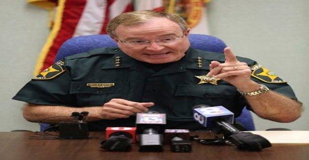Sheriff de la Florida a los saqueadores: yo estoy aconsejando armadas de los propietarios de viviendas a 'golpe de atrás de la casa con sus armas de fuego'