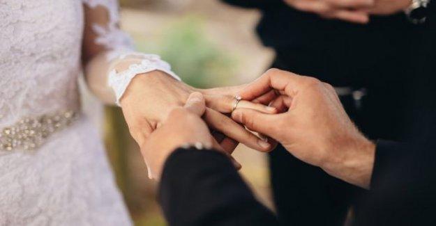 Tribunal oferta para reconocer legalmente humanista bodas