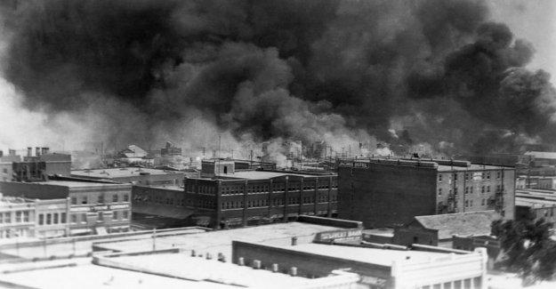 Tulsa marcas sombrío aniversario de 1921 'carrera de la masacre de' como consecuencia de las protestas de barrido de la nación