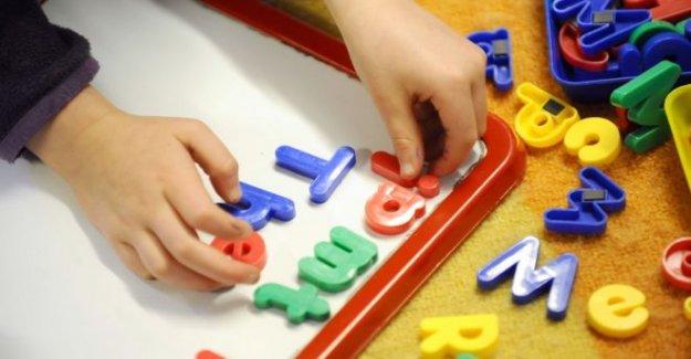 £10.5 m de cuidado de niños de recuperación de sistema de apoyo se abre