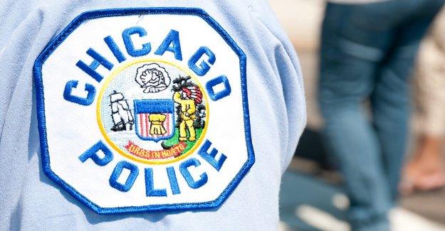 3 Chicago policías dispararon fuera de la estación de policía durante la detención, el sospechoso también de golpe, dicen las autoridades